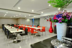 Goodness Plaza Hotel, Hotely  Taishan - big - 43