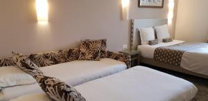 Hotel Du Pont Vieux, Hotely  Carcassonne - big - 45