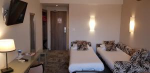 Hotel Du Pont Vieux, Hotely  Carcassonne - big - 46
