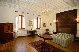 Residenza Savonarola Luxury Apartment, Apartments  Montepulciano - big - 36