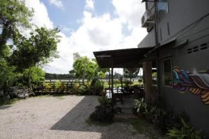 Rooms@krabi Guesthouse, Гостевые дома  Краби-таун - big - 37