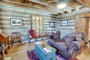 Tanglewood Farms, Guest houses  Fredericksburg - big - 12