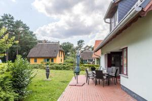 Ferienhaus Leuchtturmblick, Holiday homes  Klein Gelm - big - 2