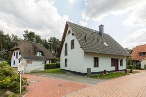Ferienhaus Leuchtturmblick, Holiday homes  Klein Gelm - big - 3