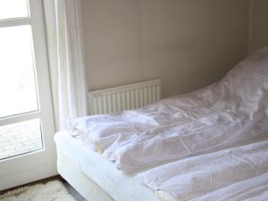 Three-Bedroom Holiday home in Kirke Hyllinge 2, Prázdninové domy  Kirke-Hyllinge - big - 4