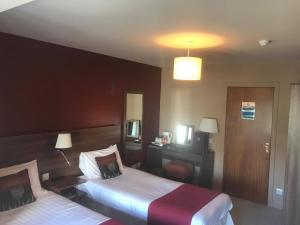 Chieftain Hotel, Szállodák  Inverness - big - 16