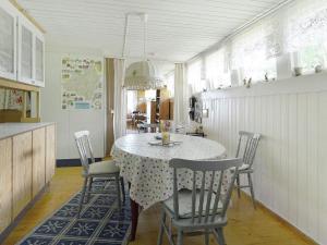 Holiday Home Pråmvägen, Holiday homes  Delebäck - big - 17