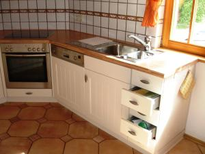 Apartment Gertrud Frey, Apartments  Baiersbronn - big - 43