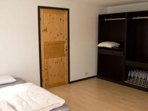 Five-Bedroom Holiday home in Örkelljunga, Prázdninové domy  Åsljunga - big - 27