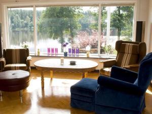 Five-Bedroom Holiday home in Örkelljunga, Prázdninové domy  Åsljunga - big - 7