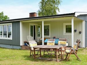 Holiday Home Köpingevägen