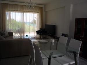 Sandy Beach Apartment 13, Apartments  Voroklini - big - 50