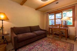 430 Pratt Avenue Villa Villa, Ville  Krug - big - 6