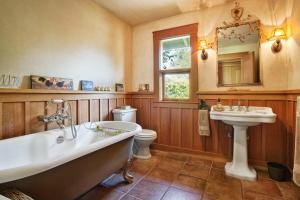 430 Pratt Avenue Villa Villa, Ville  Krug - big - 13