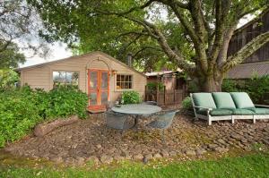 430 Pratt Avenue Villa Villa, Ville  Krug - big - 14