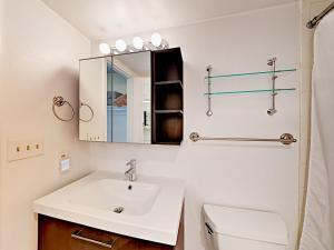 039211 Hwy 6 Condo Unit C106 Condo, Apartmány  Harrison - big - 10