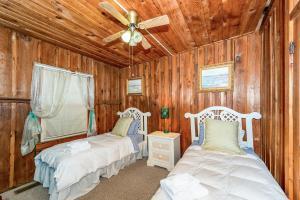49 Atkins Loop Home Home, Nyaralók  Lake Junaluska - big - 16