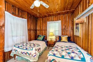 49 Atkins Loop Home Home, Holiday homes  Lake Junaluska - big - 17