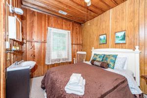 49 Atkins Loop Home Home, Holiday homes  Lake Junaluska - big - 18