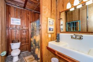 49 Atkins Loop Home Home, Holiday homes  Lake Junaluska - big - 19