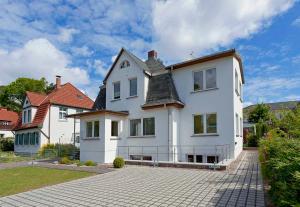 (91) Ferienhaus Finja 01, Ferienwohnungen  Ostseebad Zinnowitz - big - 1