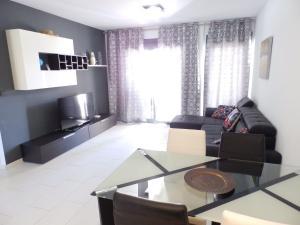 ALEGRIA ID19, Holiday homes  Playa Flamenca - big - 6