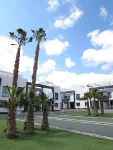ALEGRIA ID19, Holiday homes  Playa Flamenca - big - 42