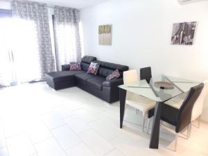 ALEGRIA ID19, Holiday homes  Playa Flamenca - big - 45