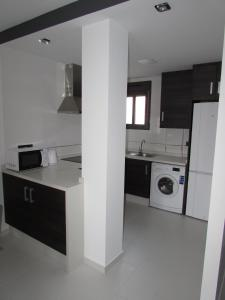 ALEGRIA ID19, Holiday homes  Playa Flamenca - big - 54
