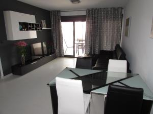 ALEGRIA ID19, Holiday homes  Playa Flamenca - big - 59