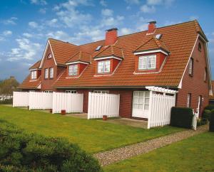 Landhaus Wiesenweg, Case vacanze  Wenningstedt - big - 13