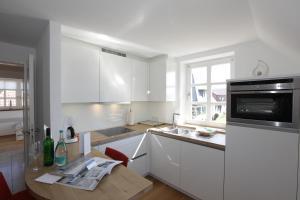Landhaus Wiesenweg, Case vacanze  Wenningstedt - big - 19