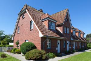 Landhaus Wiesenweg, Case vacanze  Wenningstedt - big - 24