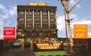 Hotel Golden Grand, Hotely  Dillí - big - 41