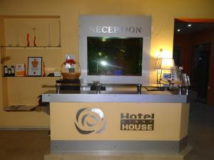 Light House, Hotel  Batumi - big - 46