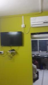 Med Mid Town Apt, Apartmány  Bombaj - big - 62