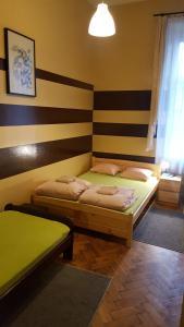 Smocza Jama, Hostels  Kraków - big - 33