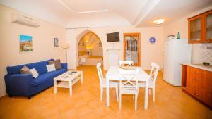 Casa Vacanze Vittoria, Aparthotels  Ravello - big - 1