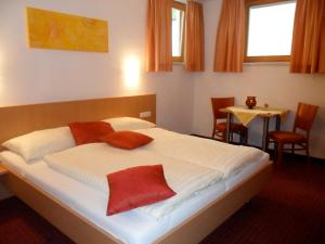 Apart Hotel Neier, Aparthotely  Ladis - big - 3