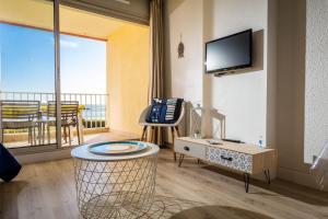 Résidence de Tourisme l'Albatros, Apartmány  Palavas-les-Flots - big - 38