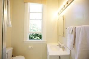 Pierce Place Lower Unit, Apartmanok  San Francisco - big - 9