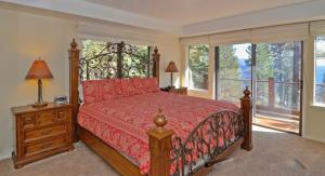 Lodgepole Drive Holiday Home, Holiday homes  Incline Village - big - 23