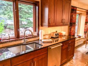 Cascade Area Chalet, Holiday homes  Vail - big - 25