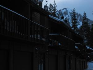 Courchevel 52, Ferienwohnungen  Mammoth Lakes - big - 7