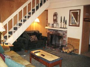 RedAwning Western Slopes Villas 10