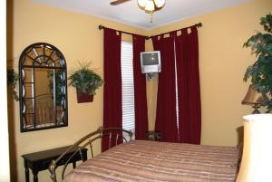 Indies 501 Condo, Apartments  Fort Morgan - big - 23