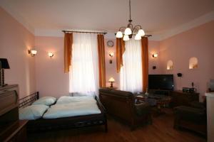 Apartment U Gejziru, Apartmány  Karlove Vary - big - 39