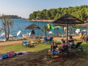Holiday home Mugeba bb VI, Case vacanze  Porec - big - 21