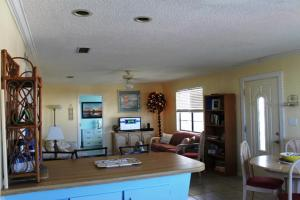 L.A. Getaway Home, Ferienhäuser  Fort Morgan - big - 16