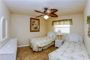 #223 At Surf Song Resort, Apartmány  St Pete Beach - big - 22